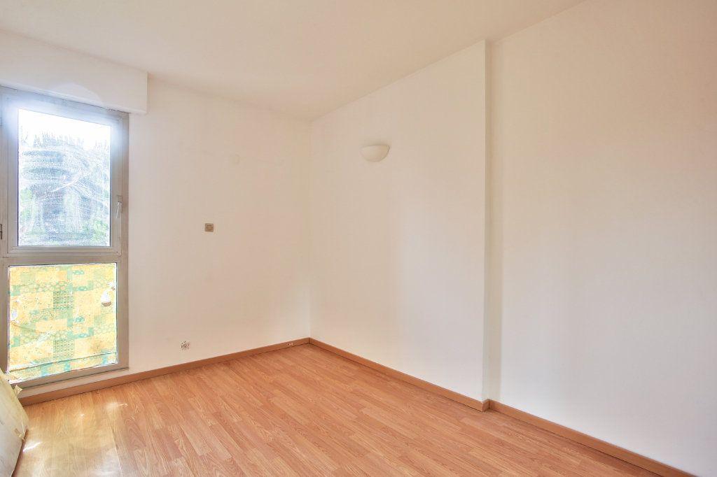 Appartement à louer 3 61.25m2 à Mandelieu-la-Napoule vignette-14