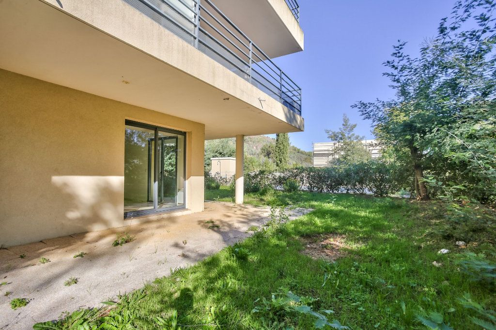Appartement à vendre 3 71.59m2 à Mandelieu-la-Napoule vignette-1