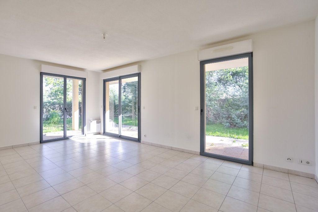 Appartement à vendre 3 71.59m2 à Mandelieu-la-Napoule vignette-2