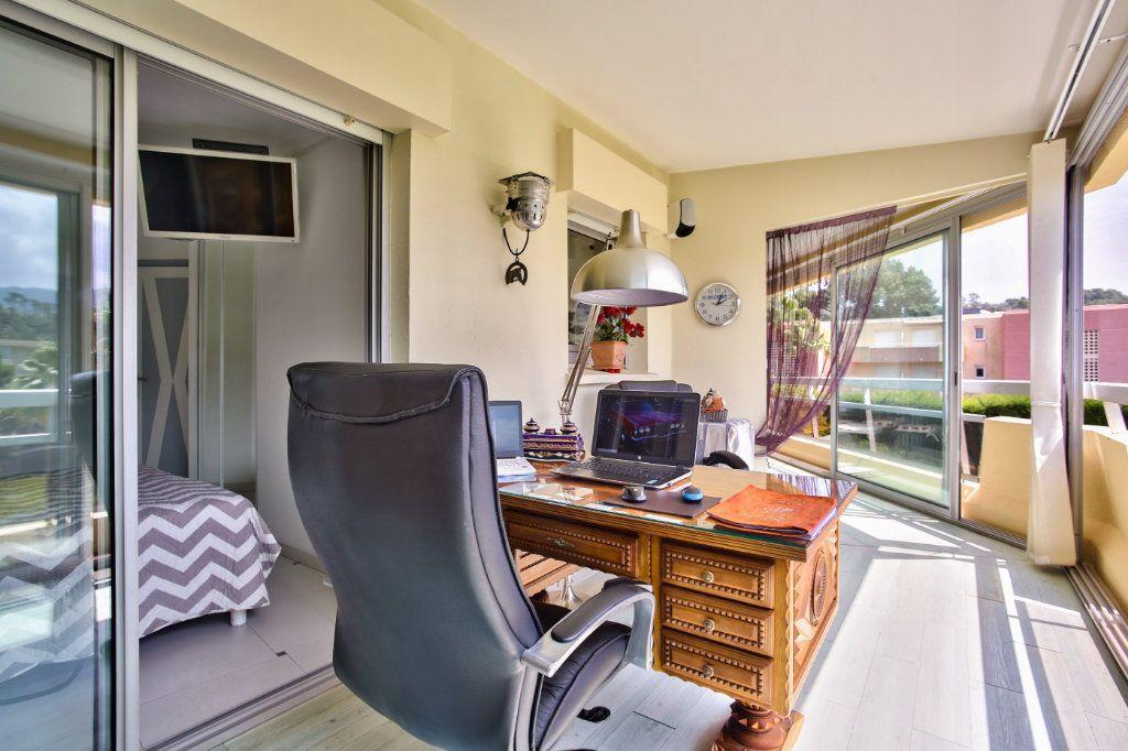 Appartement à vendre 2 39.48m2 à Mandelieu-la-Napoule vignette-10