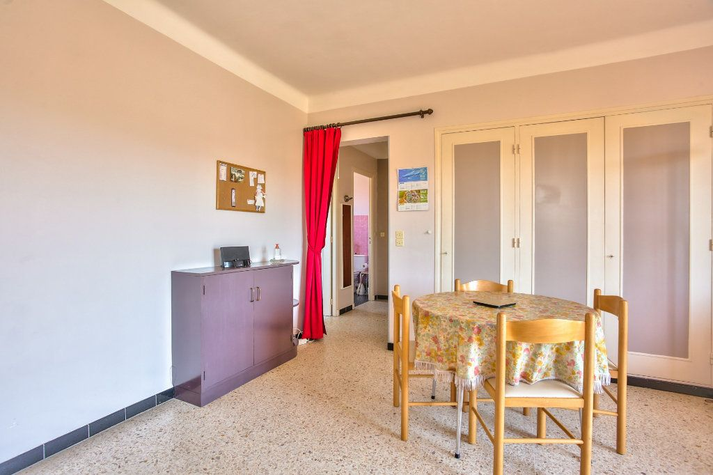 Appartement à vendre 1 36.14m2 à Mandelieu-la-Napoule vignette-2