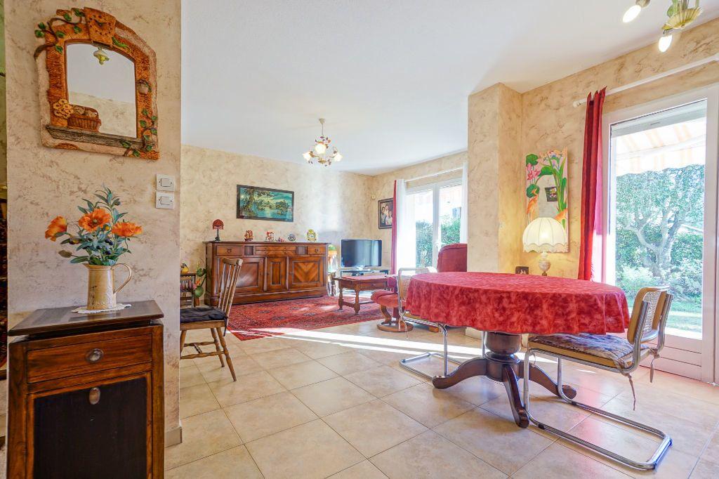 Maison à vendre 5 110m2 à Mandelieu-la-Napoule vignette-4