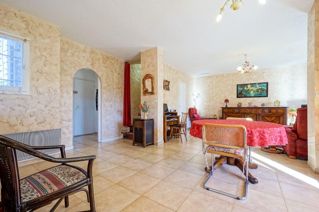Maison à vendre 5 110m2 à Mandelieu-la-Napoule vignette-5