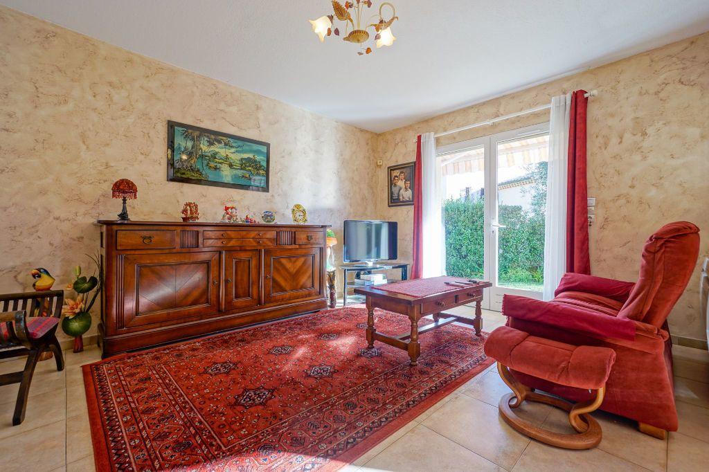 Maison à vendre 5 110m2 à Mandelieu-la-Napoule vignette-7