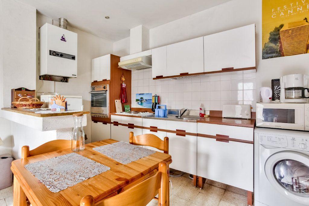 Appartement à louer 2 33.43m2 à Mandelieu-la-Napoule vignette-8