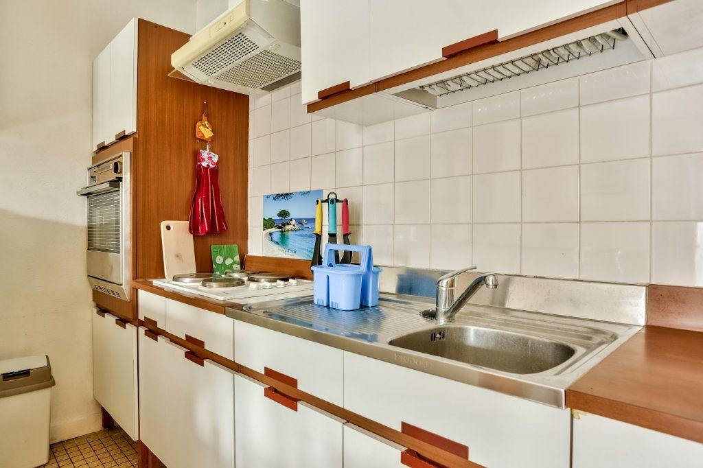 Appartement à louer 2 33.43m2 à Mandelieu-la-Napoule vignette-11