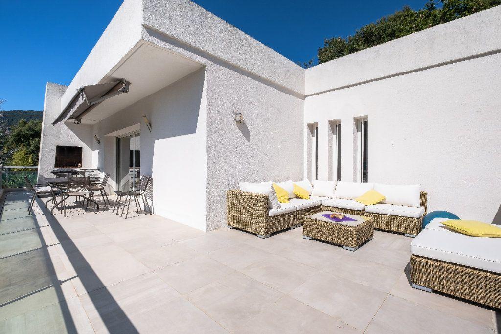 Maison à vendre 7 238m2 à Fréjus vignette-4