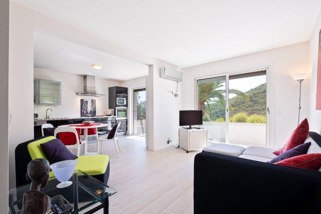Maison à vendre 7 238m2 à Fréjus vignette-12