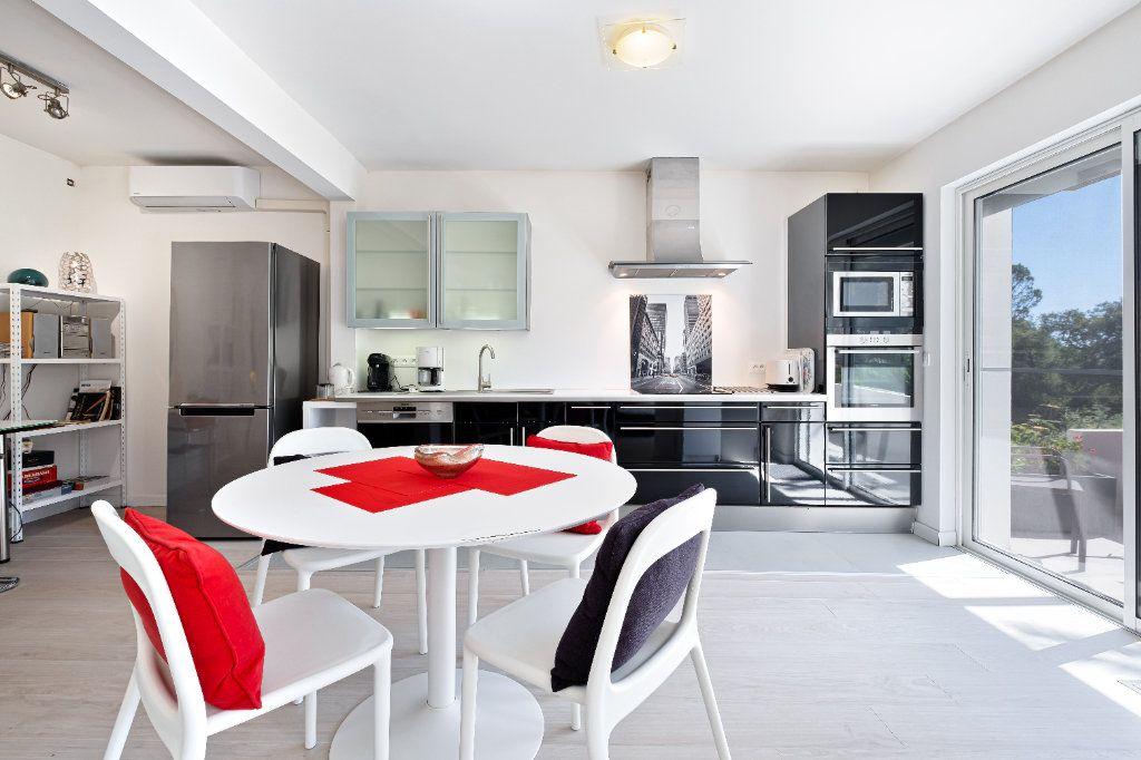 Maison à vendre 7 238m2 à Fréjus vignette-13
