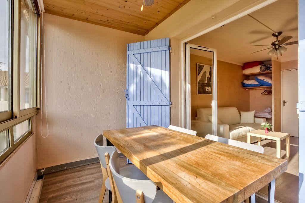 Appartement à louer 1 20m2 à Mandelieu-la-Napoule vignette-6