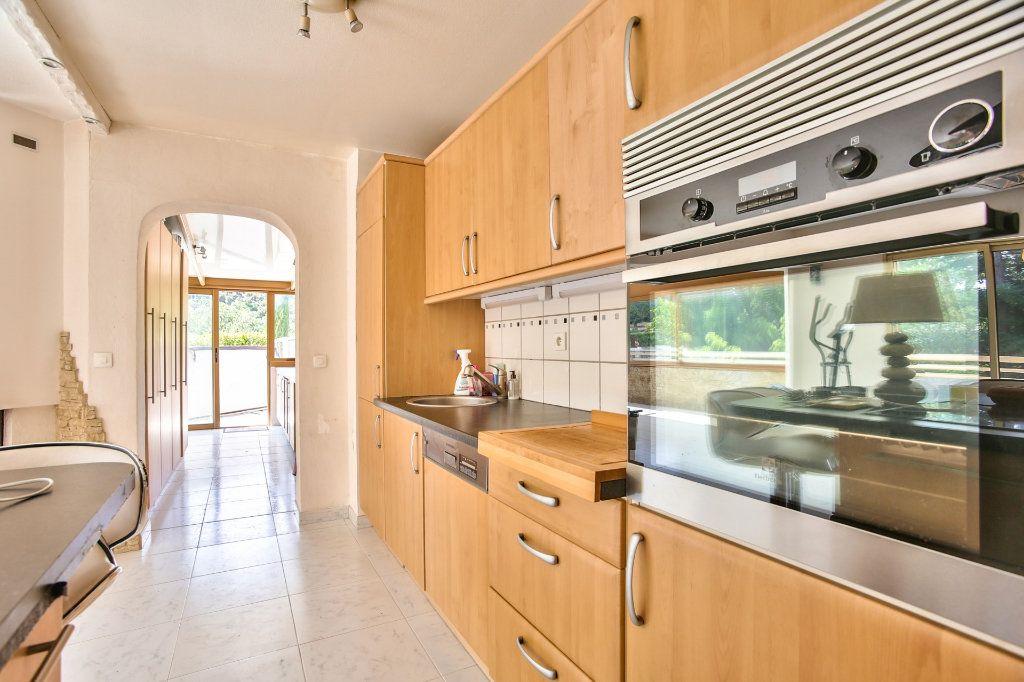 Appartement à vendre 4 90m2 à Mandelieu-la-Napoule vignette-5