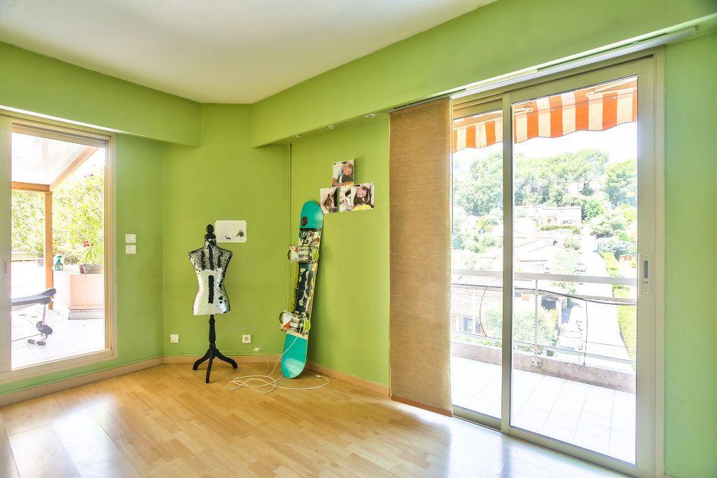 Appartement à vendre 4 90m2 à Mandelieu-la-Napoule vignette-8