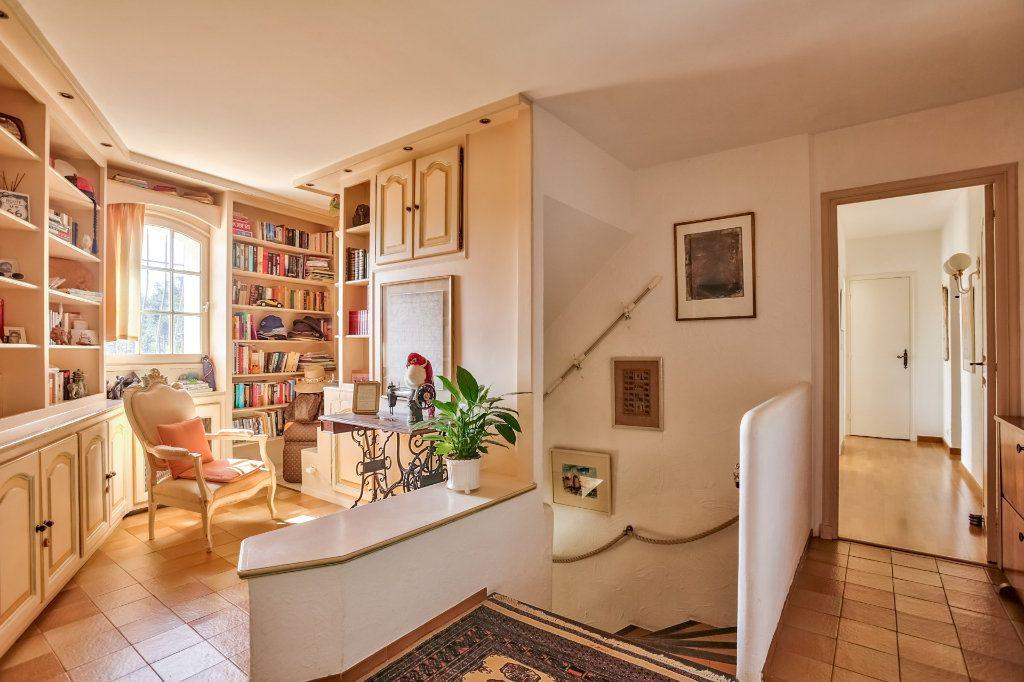 Maison à vendre 7 230m2 à Fréjus vignette-15