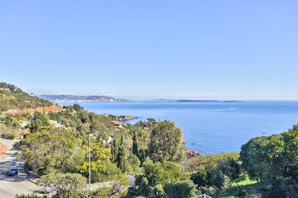 Appartement à vendre 2 31.75m2 à Théoule-sur-Mer vignette-2