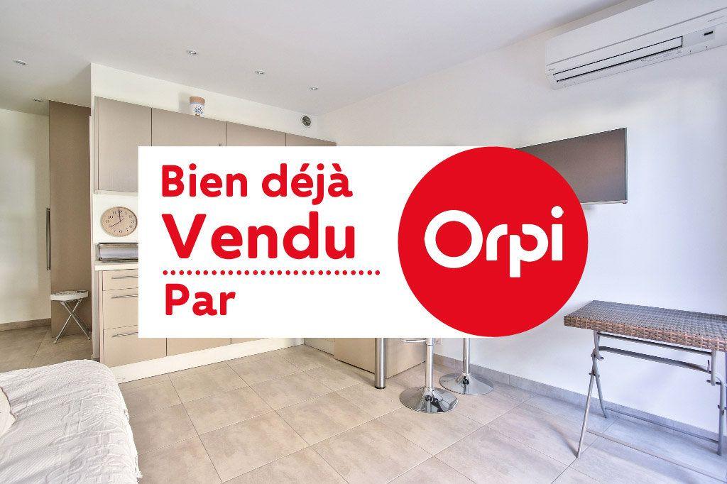 Appartement à vendre 1 20.62m2 à Mandelieu-la-Napoule vignette-1