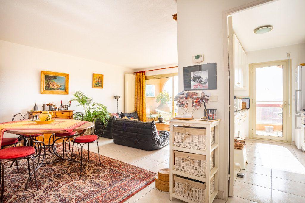 Appartement à vendre 3 69.04m2 à Mandelieu-la-Napoule vignette-4