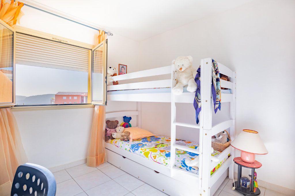 Appartement à vendre 3 69.04m2 à Mandelieu-la-Napoule vignette-8
