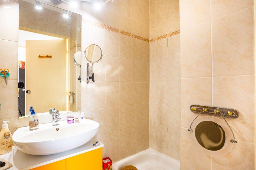 Appartement à vendre 3 69.04m2 à Mandelieu-la-Napoule vignette-10