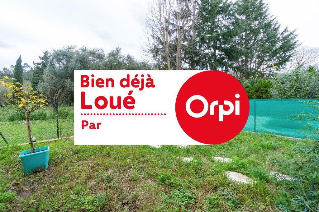 Appartement à louer 1 28.51m2 à Mandelieu-la-Napoule vignette-1