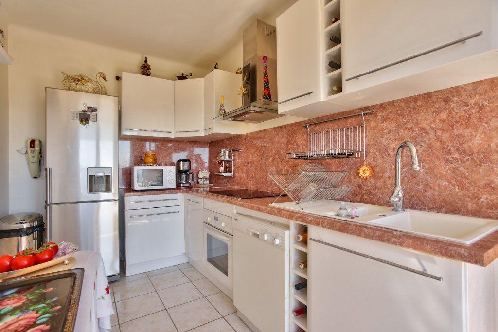 Maison à vendre 4 112.69m2 à Mandelieu-la-Napoule vignette-8