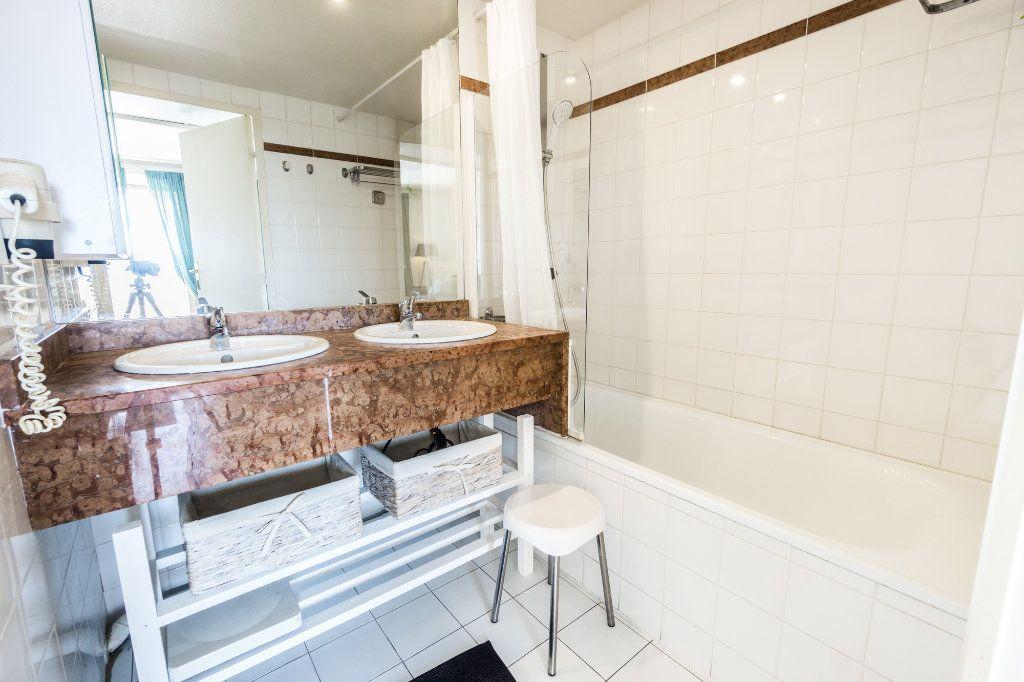 Appartement à vendre 2 48m2 à Mandelieu-la-Napoule vignette-9