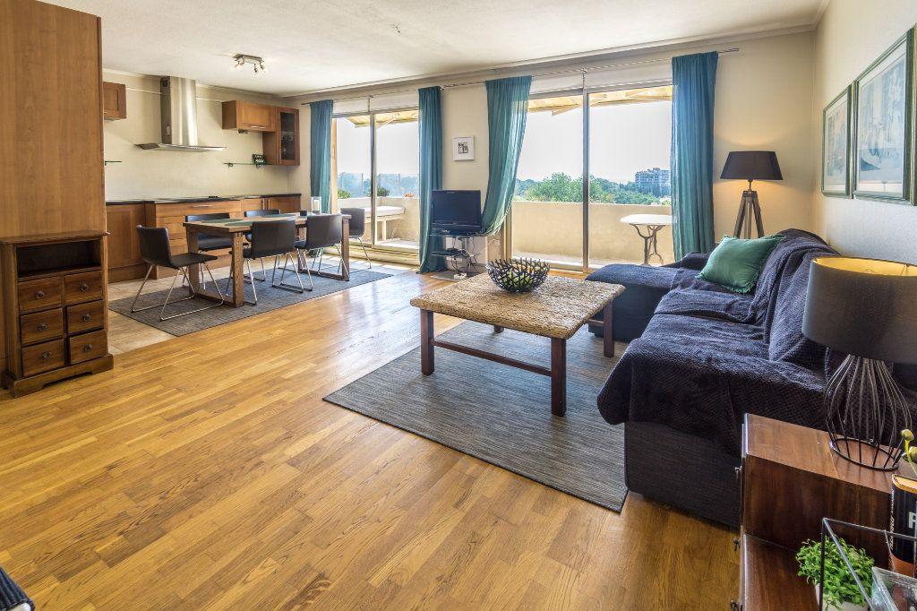 Appartement à vendre 4 77.25m2 à Mandelieu-la-Napoule vignette-3