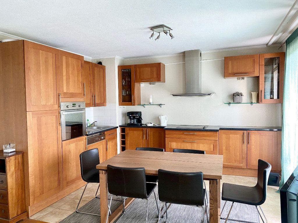 Appartement à vendre 4 77.25m2 à Mandelieu-la-Napoule vignette-4