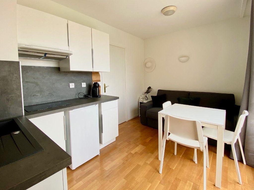 Appartement à vendre 4 77.25m2 à Mandelieu-la-Napoule vignette-13