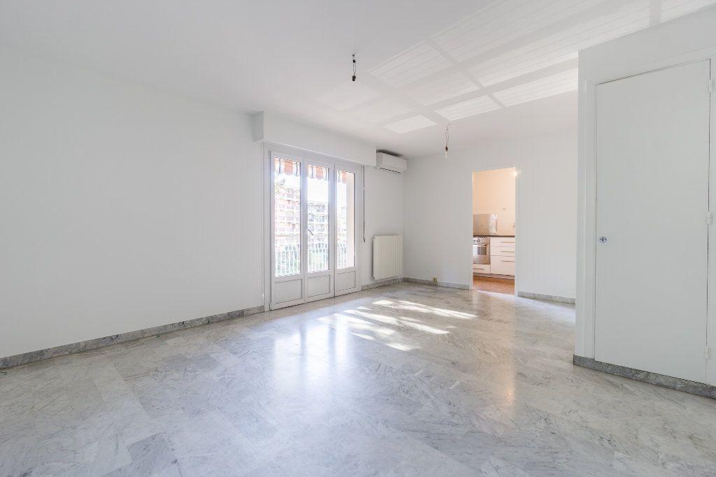 Appartement à vendre 2 48m2 à Mandelieu-la-Napoule vignette-3