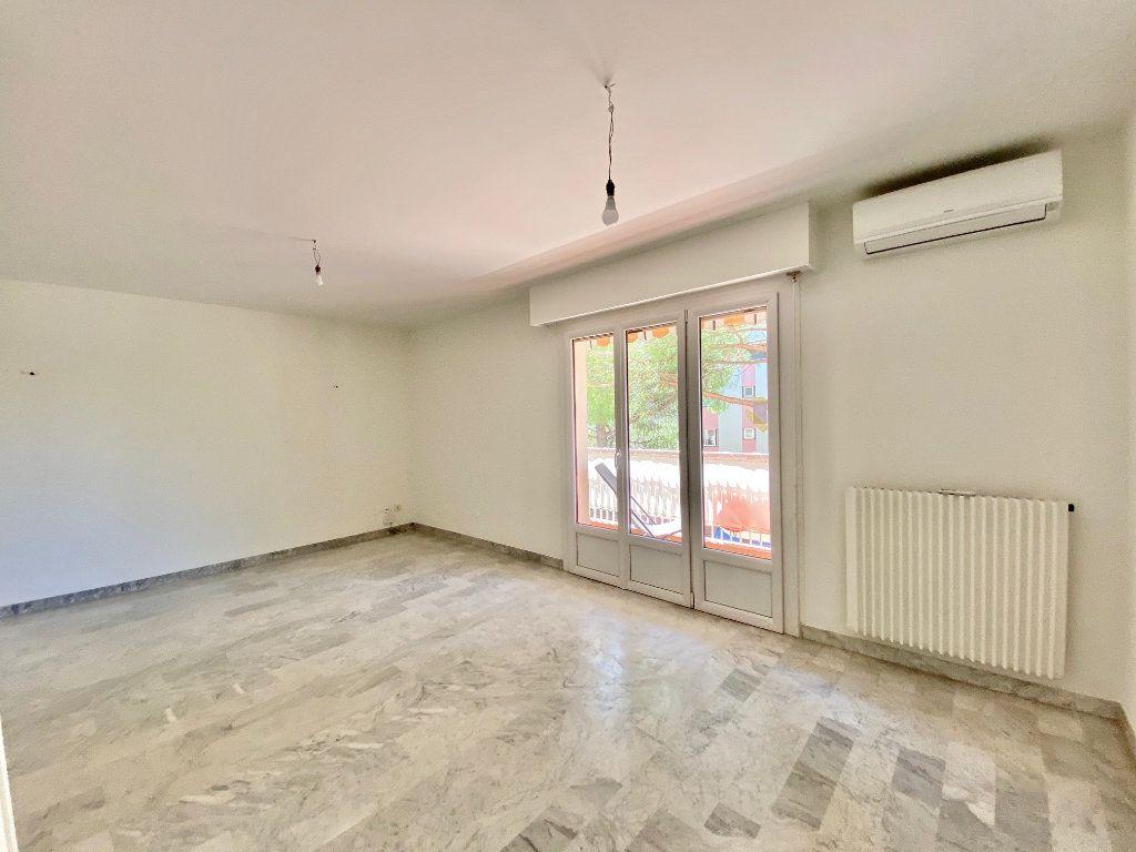 Appartement à vendre 2 48m2 à Mandelieu-la-Napoule vignette-4