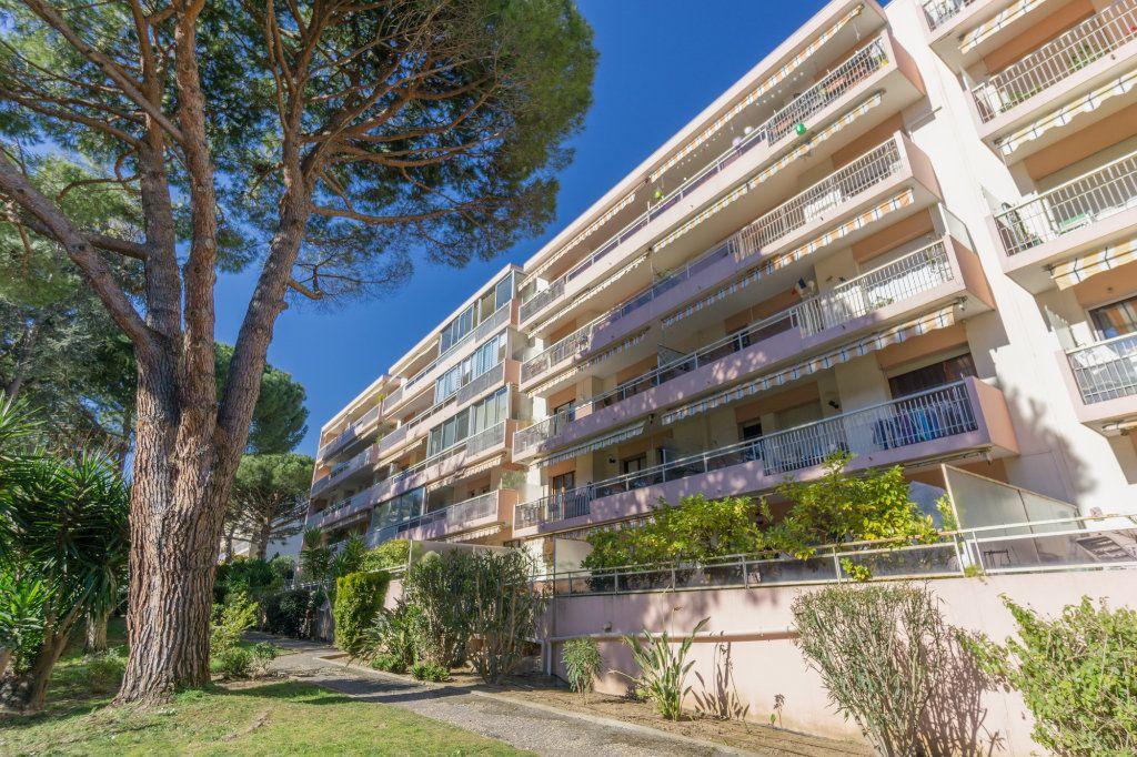 Appartement à vendre 2 48m2 à Mandelieu-la-Napoule vignette-8