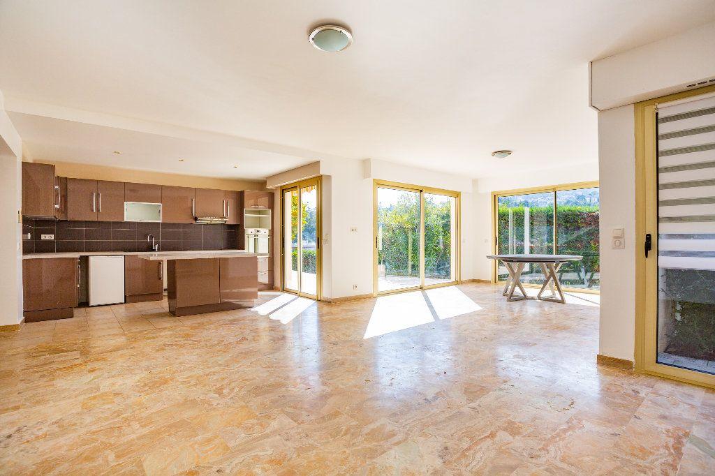 Appartement à vendre 4 119.01m2 à Mandelieu-la-Napoule vignette-3