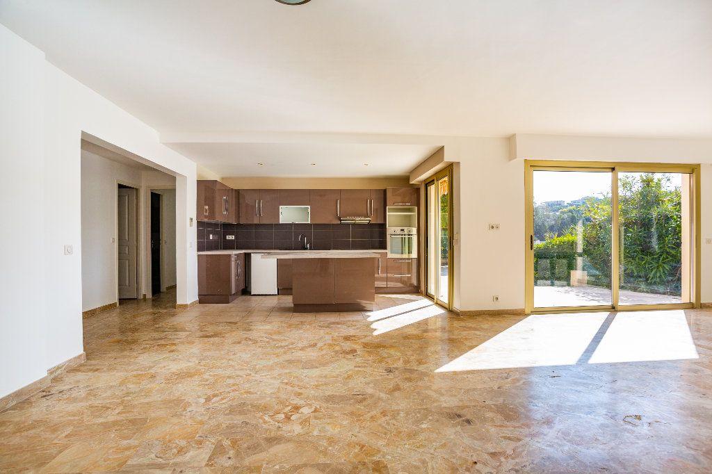 Appartement à vendre 4 119.01m2 à Mandelieu-la-Napoule vignette-4