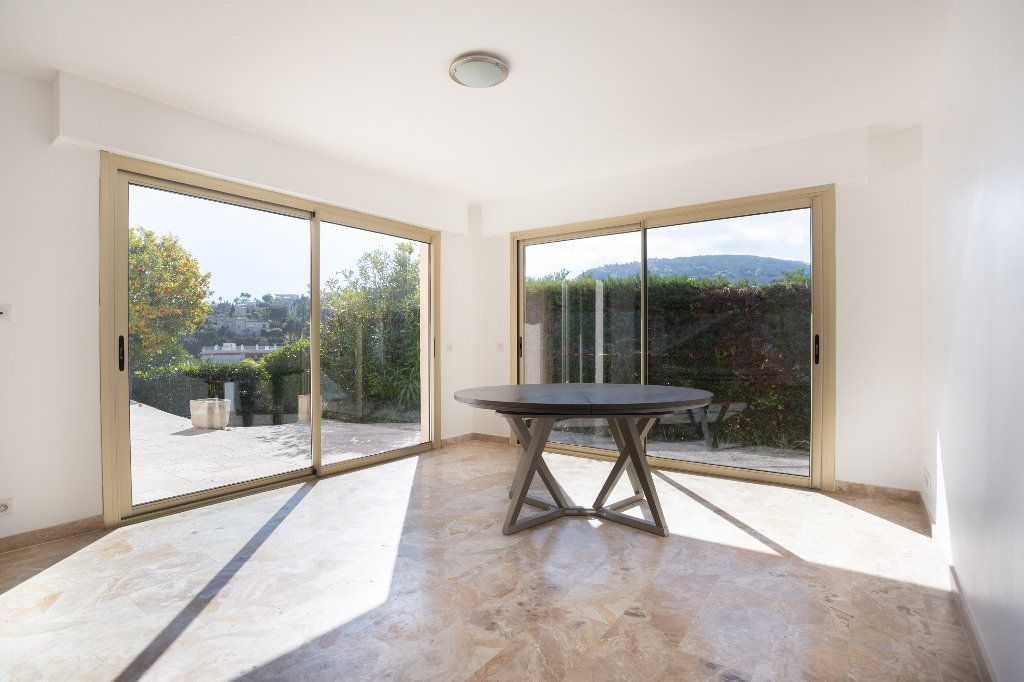 Appartement à vendre 4 119.01m2 à Mandelieu-la-Napoule vignette-5