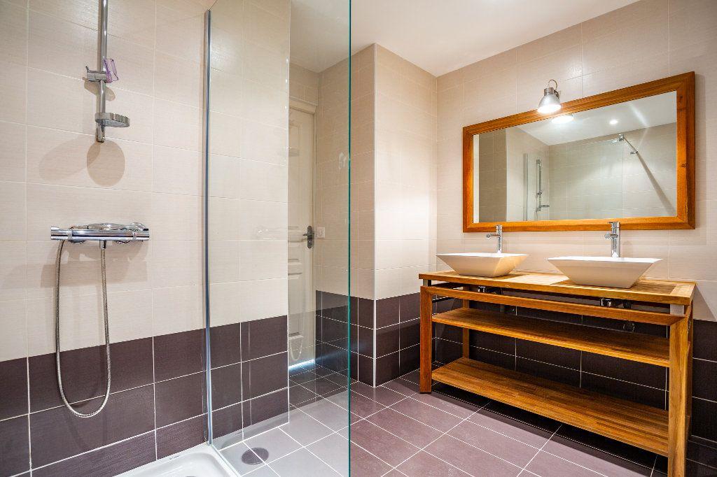 Appartement à vendre 4 119.01m2 à Mandelieu-la-Napoule vignette-15