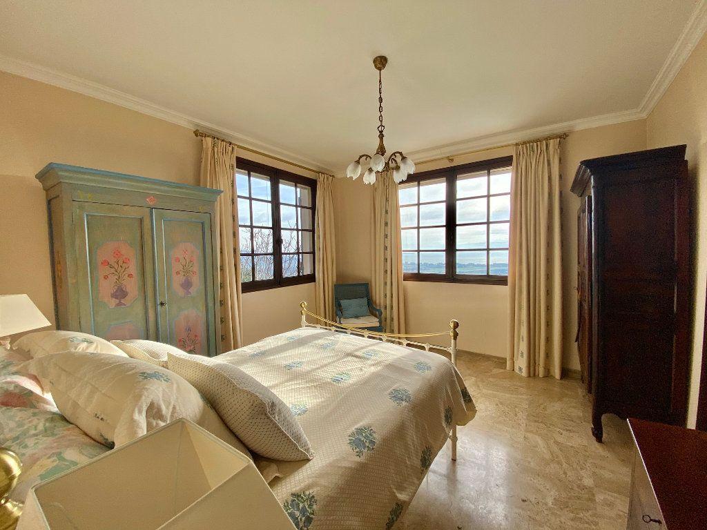 Maison à vendre 8 170m2 à Mandelieu-la-Napoule vignette-7