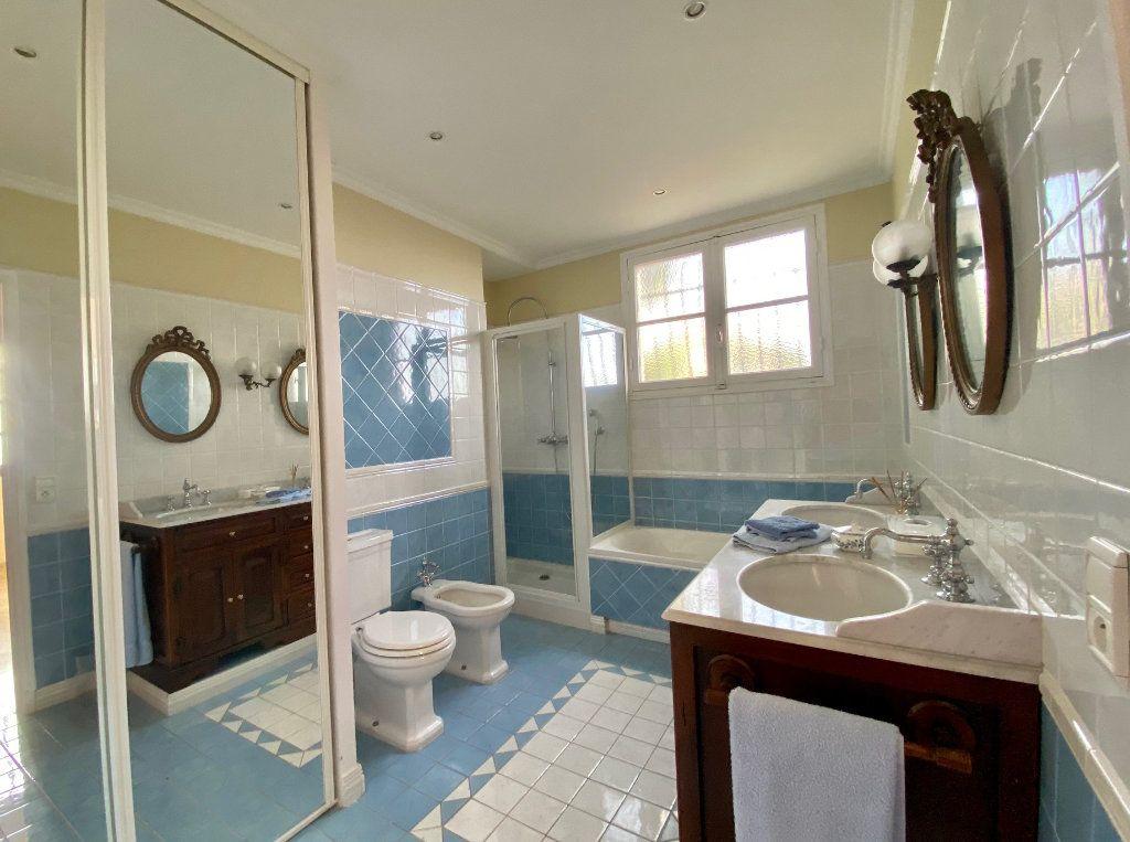 Maison à vendre 8 170m2 à Mandelieu-la-Napoule vignette-8