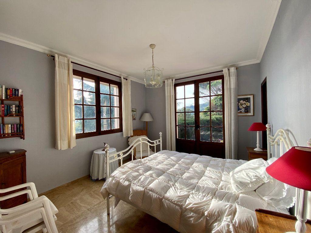 Maison à vendre 8 170m2 à Mandelieu-la-Napoule vignette-9