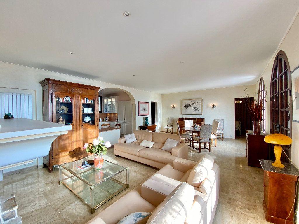 Maison à vendre 8 170m2 à Mandelieu-la-Napoule vignette-16
