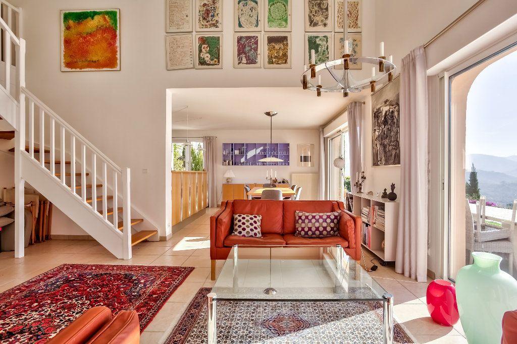 Maison à vendre 4 124.08m2 à Mandelieu-la-Napoule vignette-11
