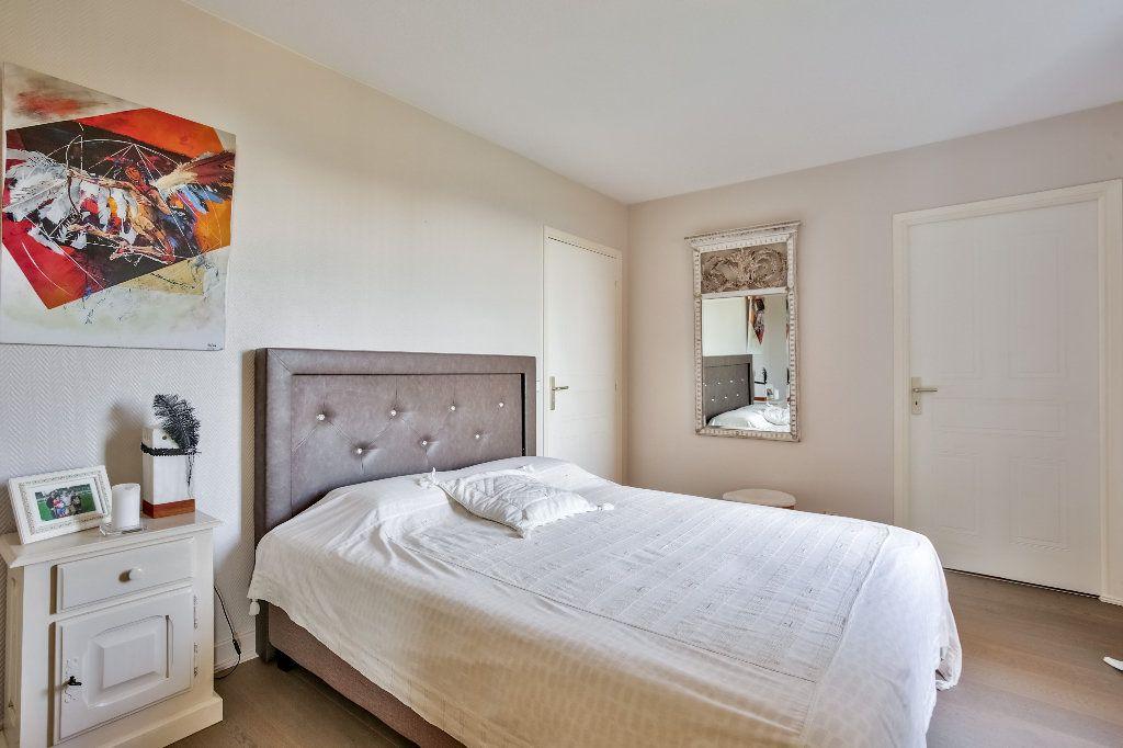 Appartement à vendre 2 62.27m2 à Mandelieu-la-Napoule vignette-12
