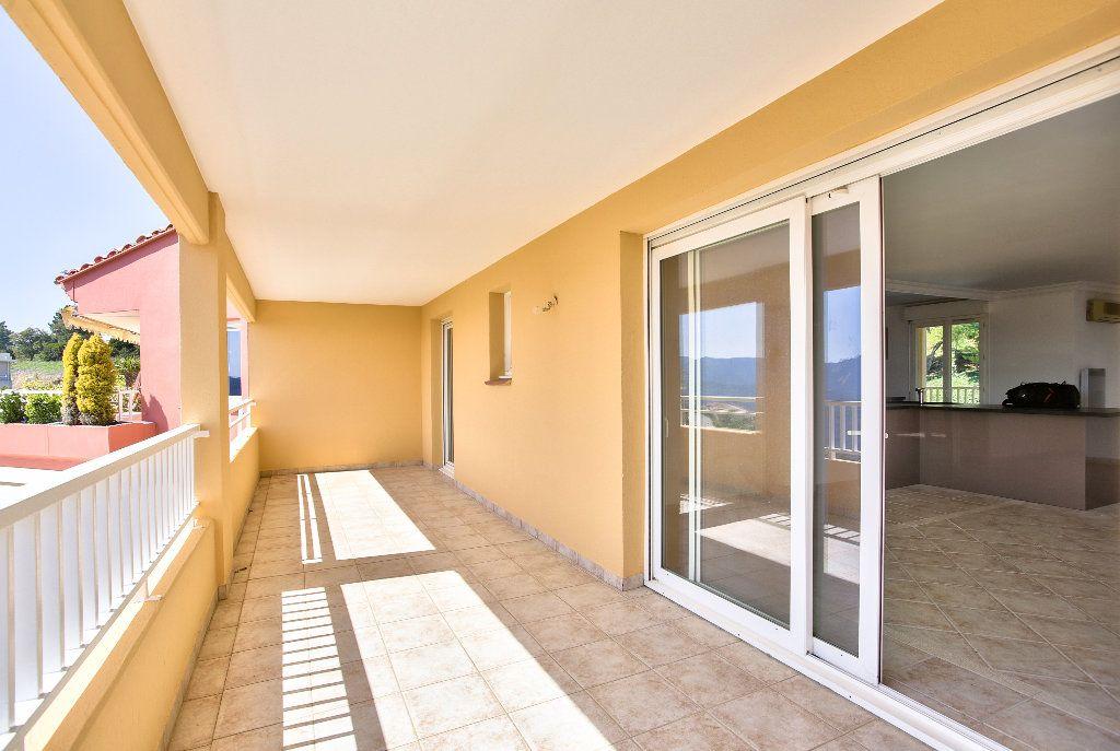 Appartement à vendre 4 106.14m2 à Mandelieu-la-Napoule vignette-3
