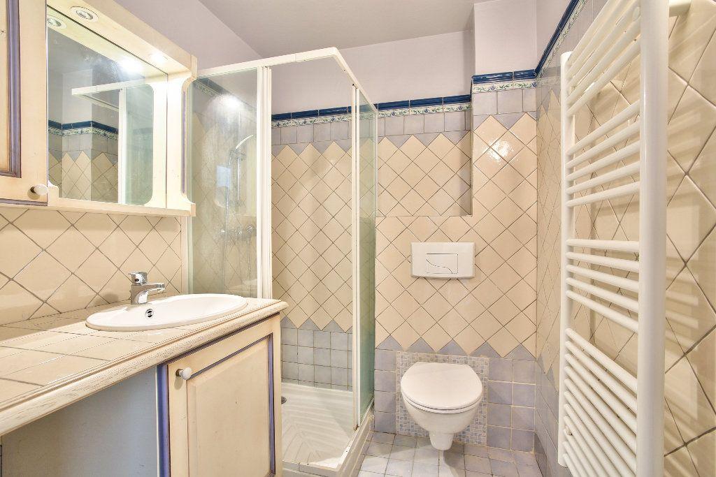 Appartement à vendre 4 106.14m2 à Mandelieu-la-Napoule vignette-10