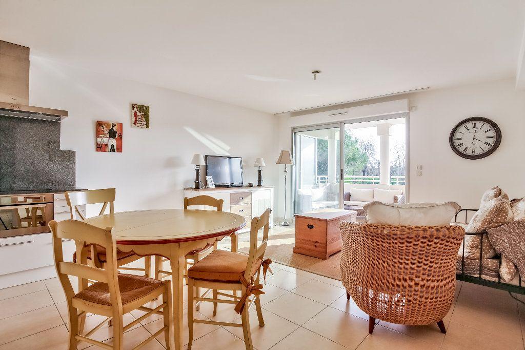 Appartement à vendre 3 56.44m2 à Mandelieu-la-Napoule vignette-8