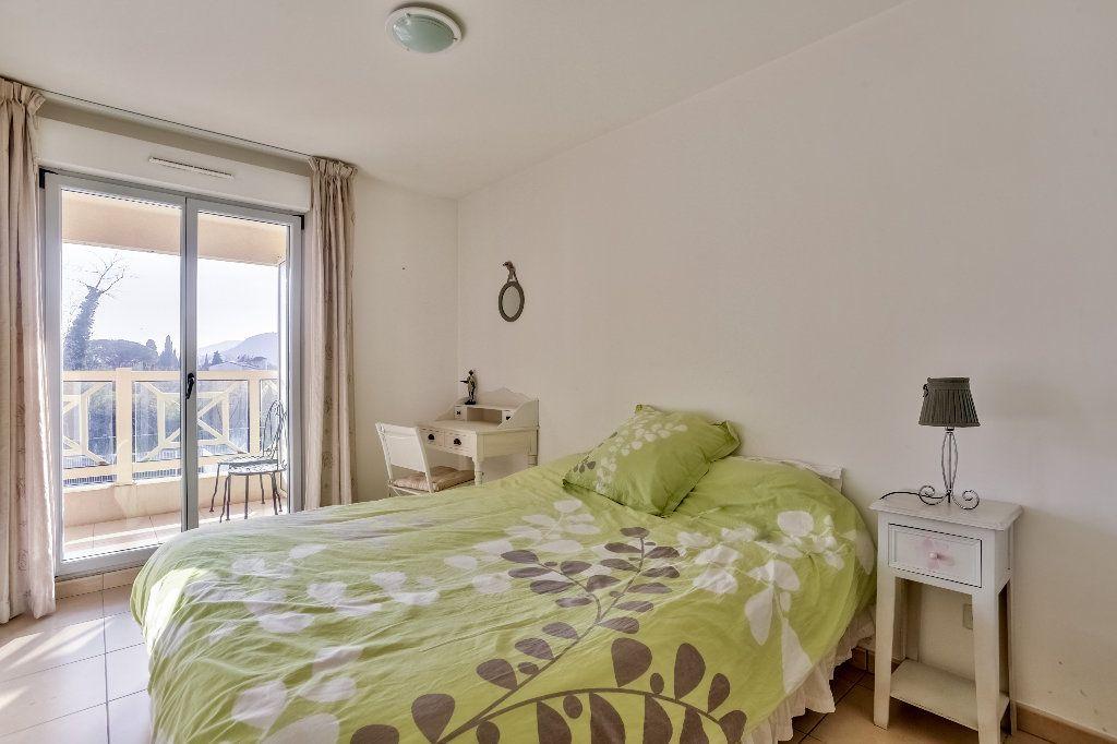 Appartement à vendre 3 56.44m2 à Mandelieu-la-Napoule vignette-12