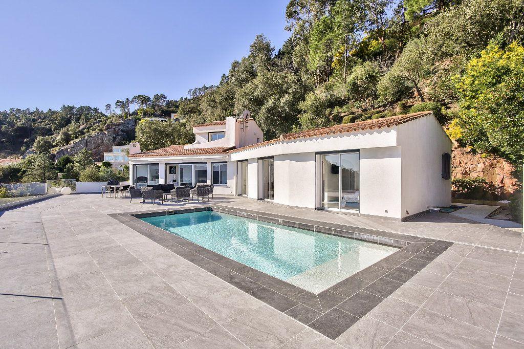 Maison à vendre 6 170m2 à Les Adrets-de-l'Estérel vignette-1