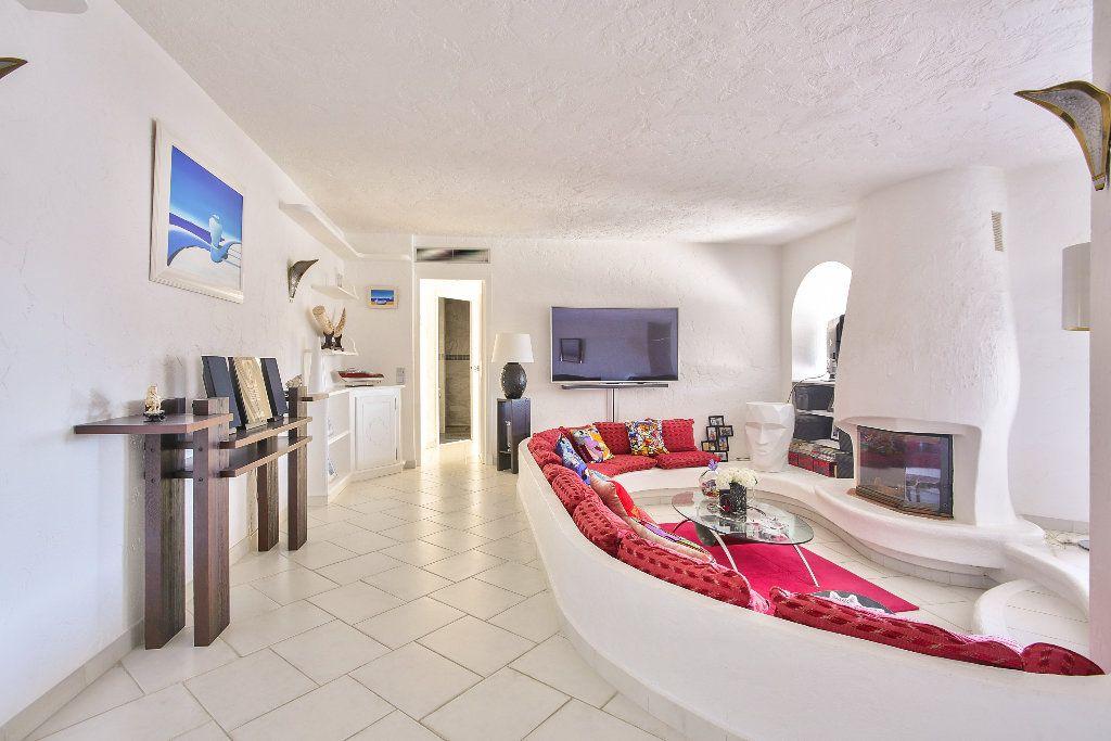 Maison à vendre 6 170m2 à Les Adrets-de-l'Estérel vignette-7