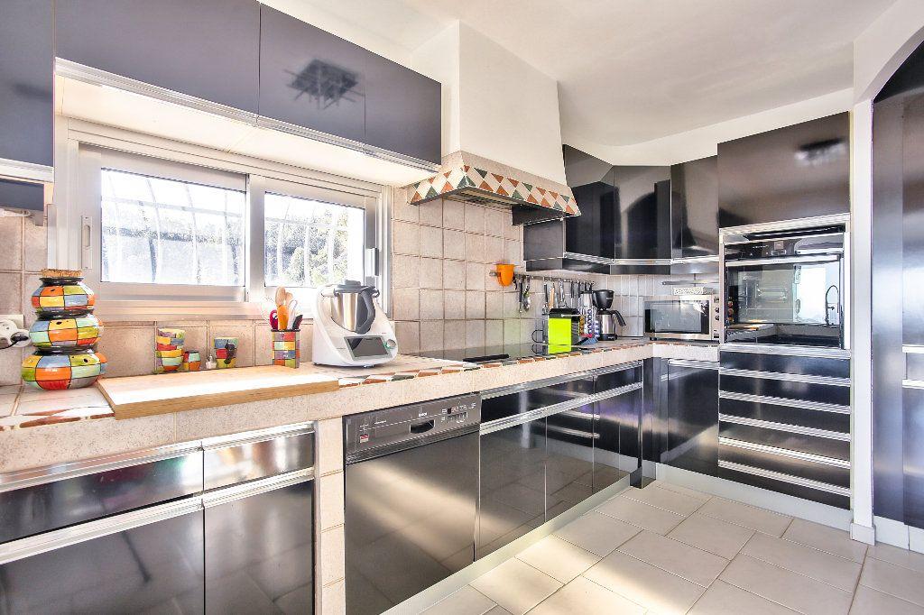 Maison à vendre 6 170m2 à Les Adrets-de-l'Estérel vignette-8
