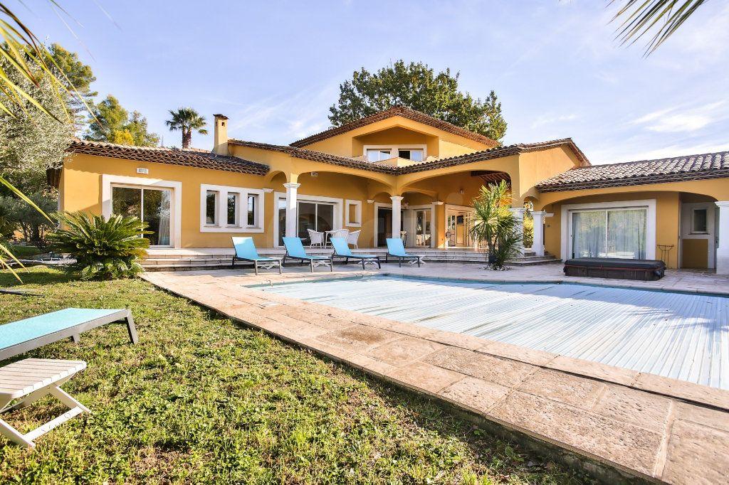 Maison à vendre 8 300m2 à Tourrettes vignette-2