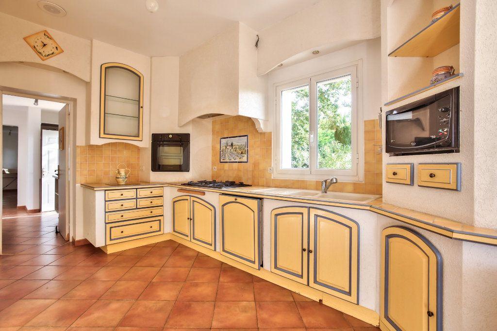 Maison à vendre 8 300m2 à Tourrettes vignette-5